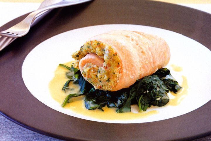 Fish fillets with macadamia nut stuffing