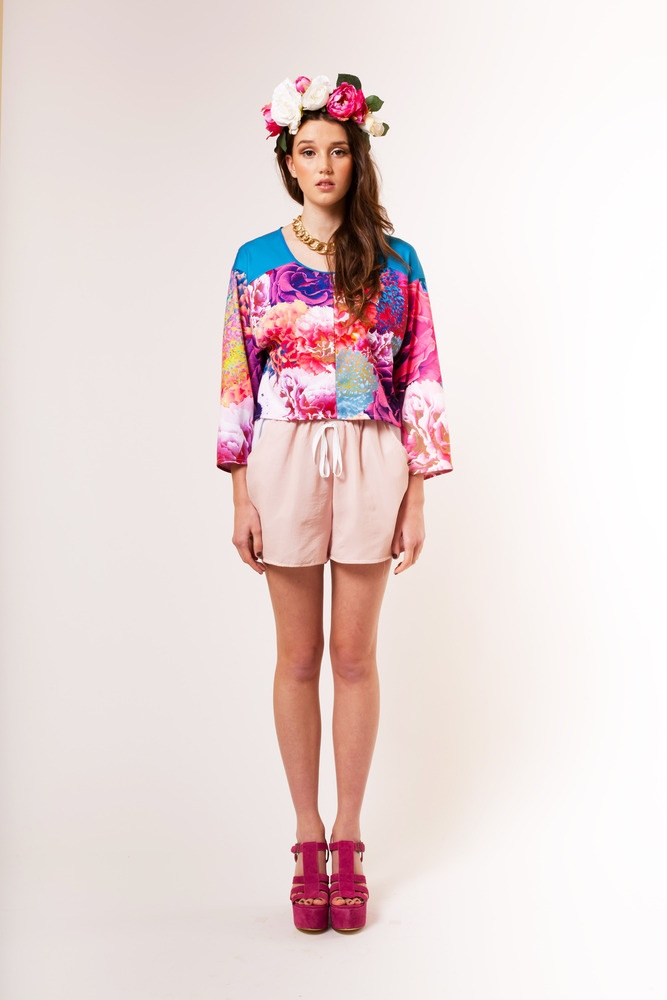 from piaboutique.com ♥ Bloom summer batwing top