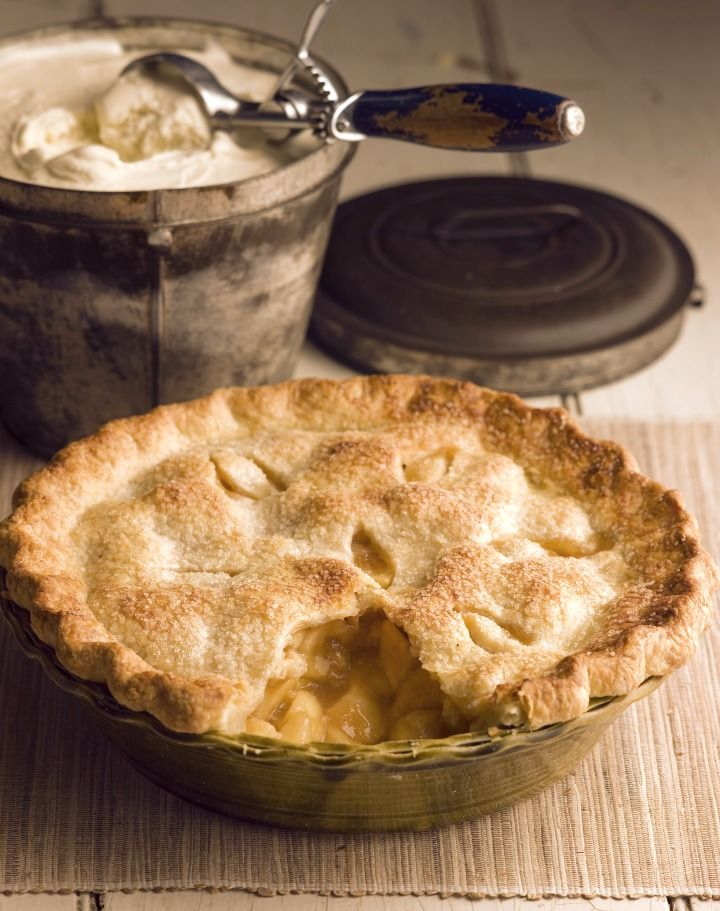 Chef Michael Smith's Old-fashioned Apple Pie