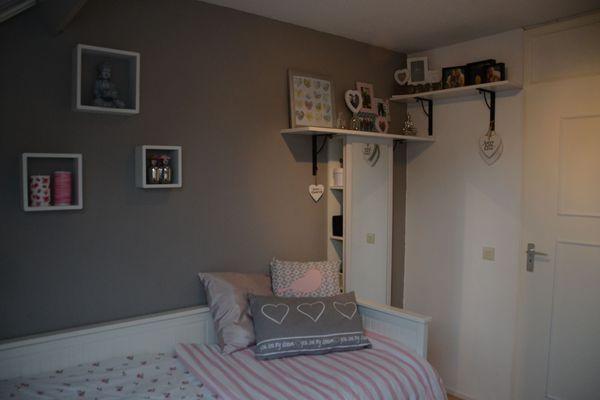 Meer dan 1000 idee n over grijze meisjes slaapkamers op pinterest meisjeskamer ontwerp - Grijze slaapkamer ...