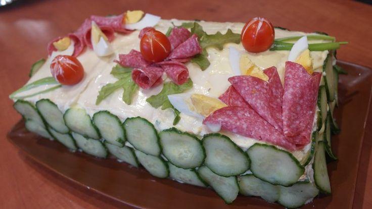 Tort sałatkowy-idealna przekąska na imprezę