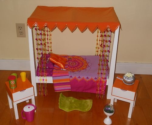 American Girl Doll Julie S Canopy Bed With Accessories