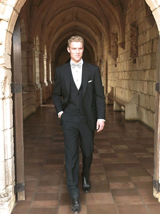 Thomas & Sons Tuxedos & Suits Black Allure