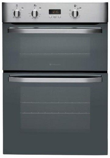 Hotpoint DHS53XS Built-In Electric Double Oven - The Hotpoint DHS53XS Built-In Electric Double Oven, finished in stylish Stainless Steel, features a main fan assisted oven with a secondary conventional oven and grill above, it would complement any k http://www.MightGet.com/february-2017-2/hotpoint-dhs53xs-built-in-electric-double-oven-.asp