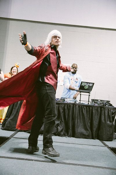 RetroGameCon 2014 - Cosplay Dante Devil May Cry - ameliabeamish  https://www.facebook.com/RetroGameCon http://retrogamecon.com/ https://twitter.com/RetroGameCon