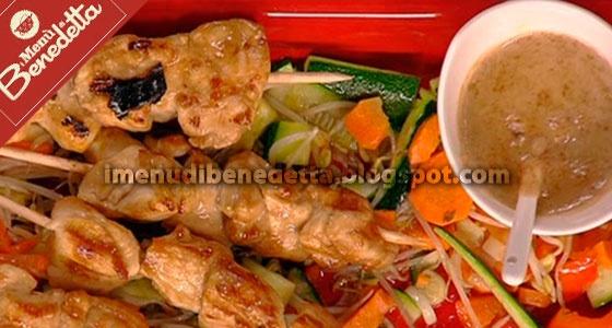 Pollo Satay con Verdure all'Orientale