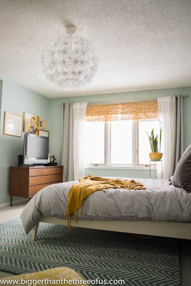 9 best my sea foam green room ideas images on pinterest - How to decorate my room without spending money ...