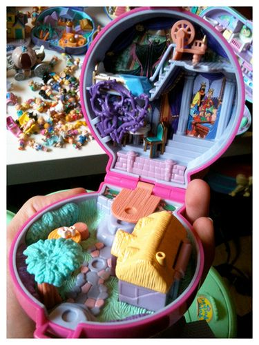 Polly Pocket - Sleeping Beauty