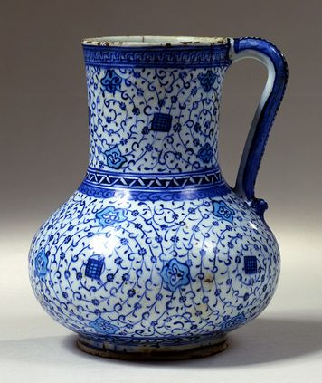 Fritware jug - Iznik, Turkey; c.1540 -The David Collection - The Ottomans