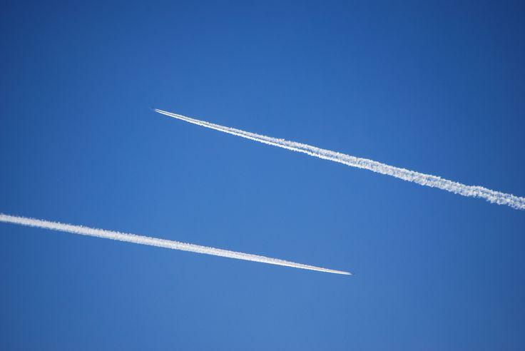 Linii pe cer