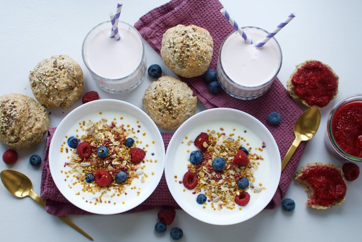Kefir superfood breakfast