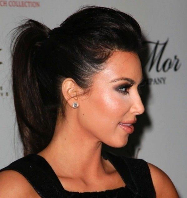 Kim Kardashians hohe Pferdeschwanz Frisur