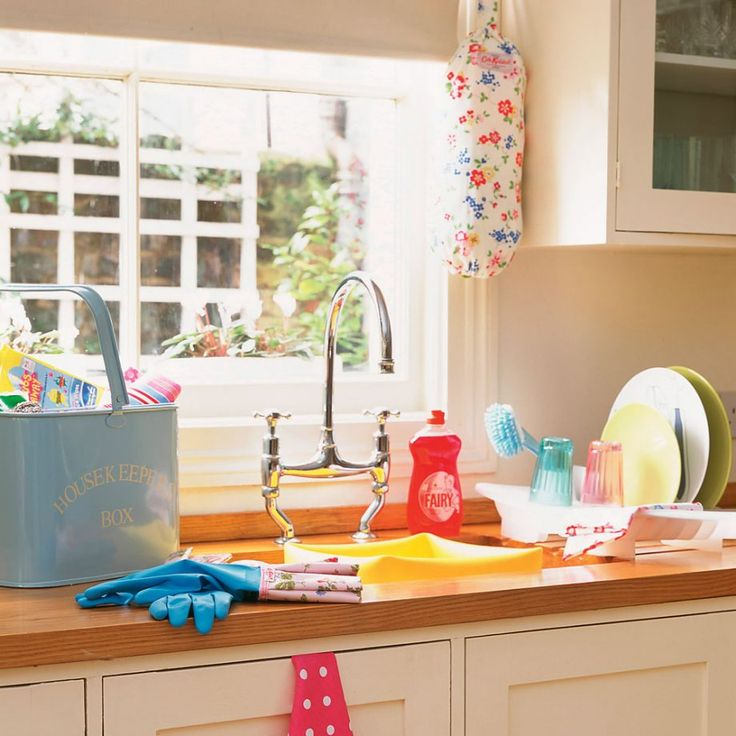How to clean windows get sparkling windows inside and
