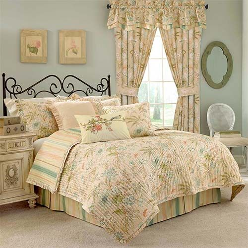 Cape Coral Four-Piece Queen Quilt Set - (In No Image Available)