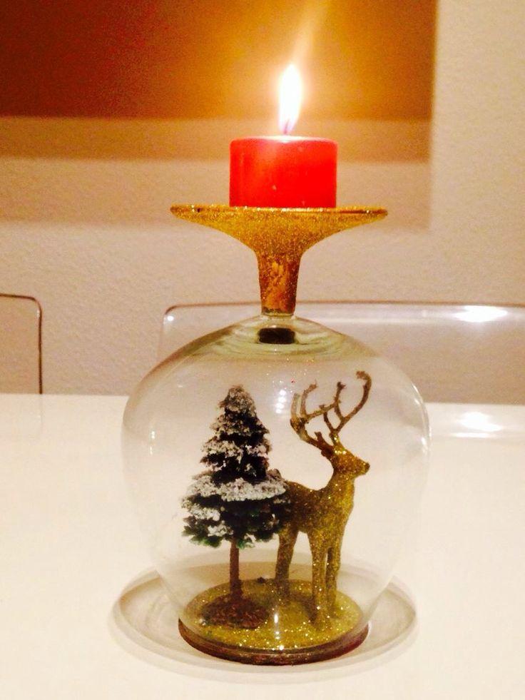 Porta velas decorado con una copa y mucha purpurina!