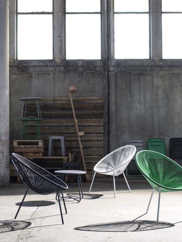 KARWEI | Deze stoelen zijn een echte eye-catcher voor in je tuin. #karwei #tuin #tuinmeubels