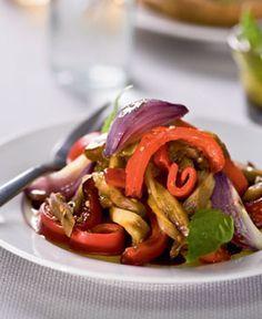 Эскаливада - теплый салат из баклажанов и сладкого перца
