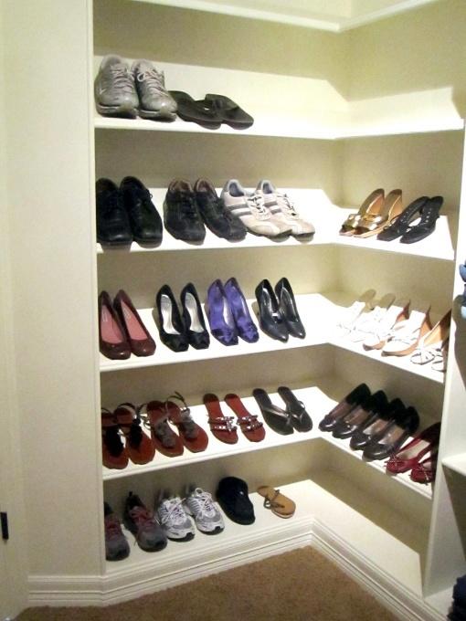 20 best ideas about shoe cubbies on pinterest closet drawers picket fences and closet shelving. Black Bedroom Furniture Sets. Home Design Ideas