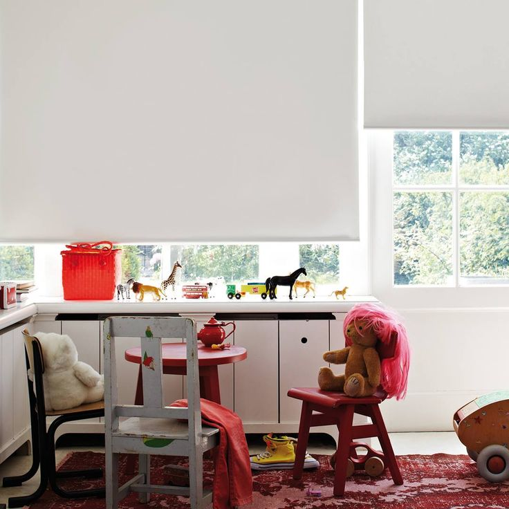 Eliminate the afternoon sunshine when your child goes down for a nap. Playrooms, bedrooms and nurseries with cordless roller shades are the perfect atmosphere for a sound sleep.
