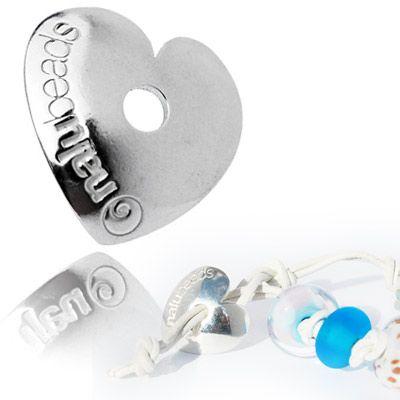Nalu beads heart toggle