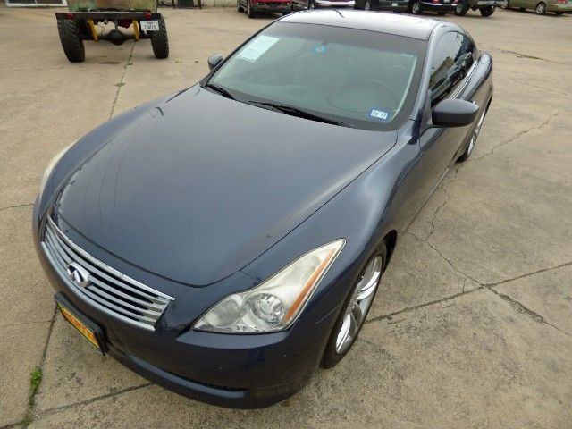 G-Riffic! Need a Little Luxury in a Your Performance Car? Don't Miss Out on This 2008 #Infiniti #G37 V6 Coupe with Leather; Heated Seats; Sunroof, Just 112K Miles & a Clean Title for Just $9,998! -- http://www.hertelautogroup.com/2008-Infiniti-G37/Used-Car/FortWorth-TX/8740019/Details.aspx  #infinitig35 #infinitig37 #nissan350z #luxurycar