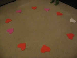 A musical chair inspired game, the activities are written on the heart shapes that lye on the floor and whichever one you stop on, you have to do the movement! Children will have a great time with the music and all the different types of moves they have to complete!