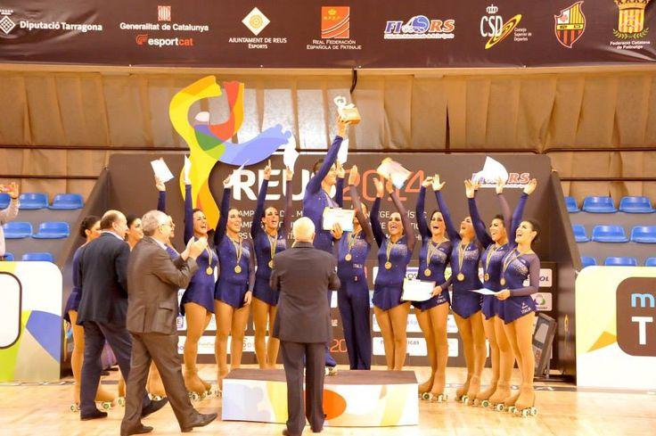 Premiazioni piccoli gruppi: anche qui l'#italia si conquista il primo posto #reus2014 #mondiali #pattinaggio #sport