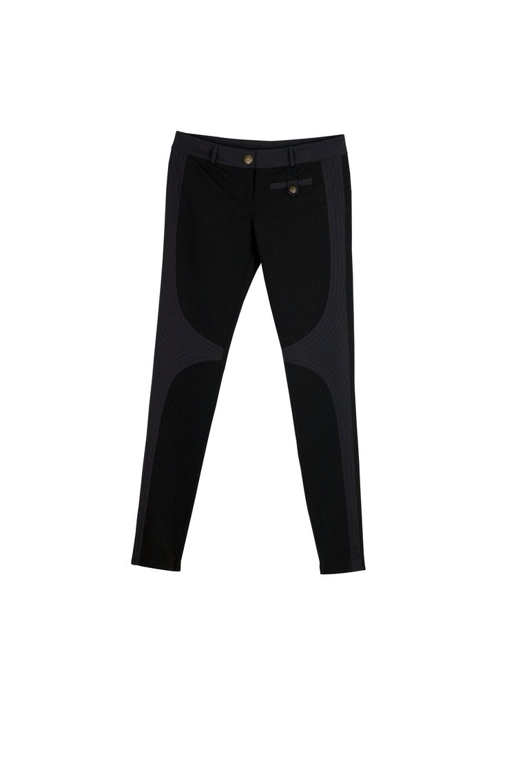 Textured black pant - great for work and weekends #fall #fashion #costablanca