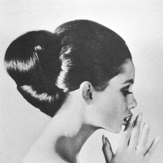photo 50-Female-Hair-Styles-in-the-1960s-21_zpskmc9rz9w.jpg