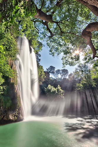 [Sillans La Cascade] Grande cascade, Var, Provence-Alpes-Côte d'Azur, France Sillans la Cascade - Dracénie - Var - Provence