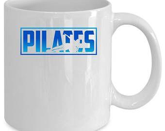 Pilates blanco taza de café. Divertido regalo de Pilates