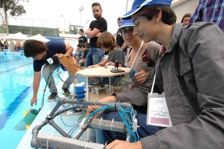 Alumnos de Secundaria de Gran Canaria se acercan a la robótica submarina