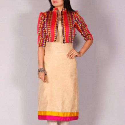 Mahdiya Chanderi kurta with phulkari short jacket
