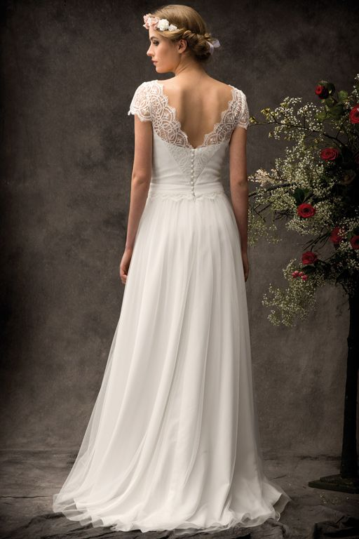 les 25 meilleures id es concernant robe de mariage bobo sur pinterest robes de mari e boh me. Black Bedroom Furniture Sets. Home Design Ideas