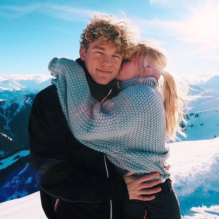 Merelgebe auf Instagram | Wintersport – Liebe – Paar – Ziele – Pullover – Skifahren – Schnee – Winter – Reisen – Kuss #merelgebe Merel