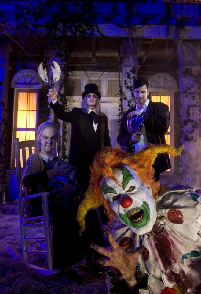 """HHN 16, Universal Studios Florida    Halloween Horror Nights """"Sweet 16″ saw the first reunion of the major Icon characters. They would be brought back together again four short years later in HHN XX's """"Fear Revealed"""" scarezone.    Photo© 2012 Universal Orlando Resort. All rights reserved."""