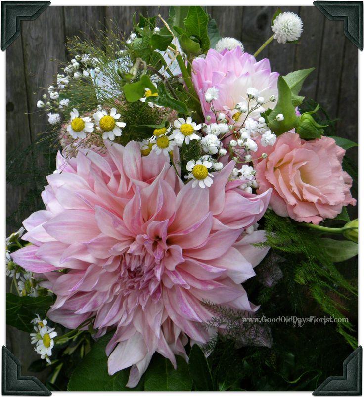 10 Stunning Dahlia Wedding Bouquets: Dinner Plate Dahlia Bridesmaid Bouquet In Lavenders