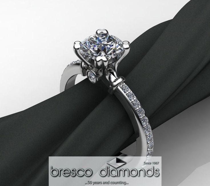 She said yes! #designerjwellery #engagementrings #goldsmiths