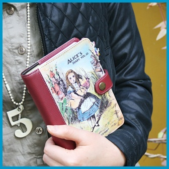 Undated Journal Diary Weekly Planner_7321 Alice's in Wonderland_Flap Cover