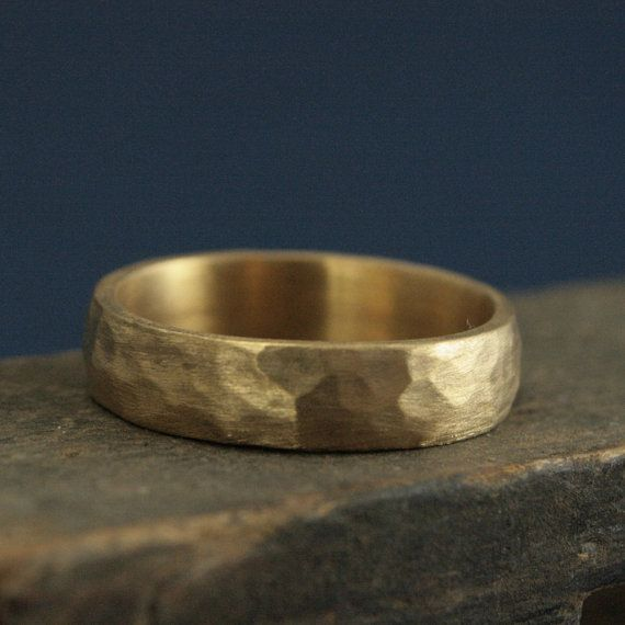 Hammered gold wedding band perfect hammered 5mm band solid 14k gold