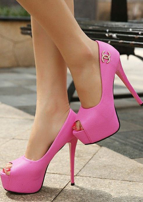 1000  ideas about High Heels Pink on Pinterest  Stripes