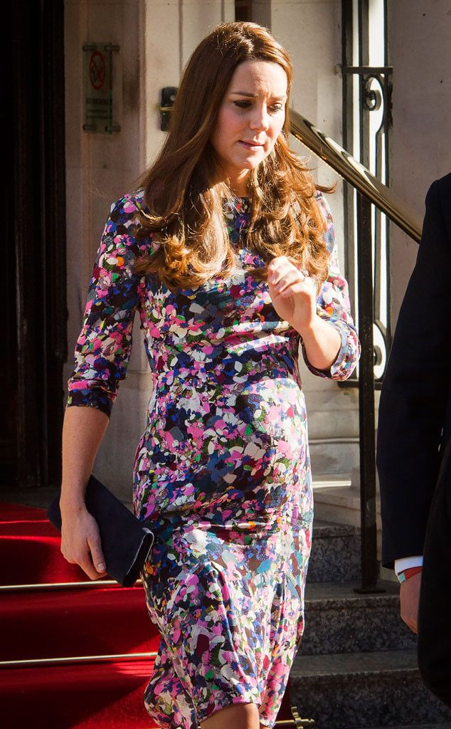 Pregnant Kate Middleton Flaunts Growing Baby Bump in London While Prince William Visits China Catherine Duchess of Cambridge, Kate Middleton