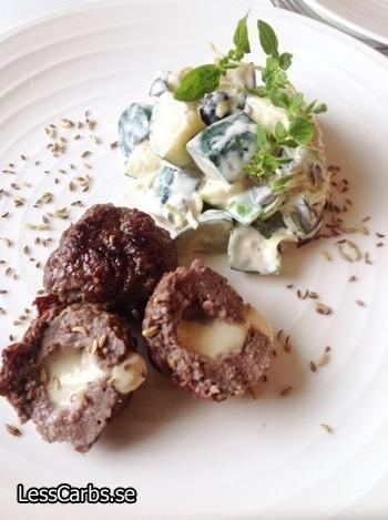 Recept: Zucchini och auberginesallad - Falsk potatissallad LCHF - LessCarbs.se