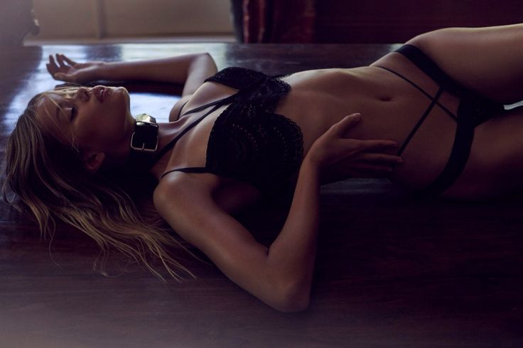 Frida Aasen and the perfect underwear collection