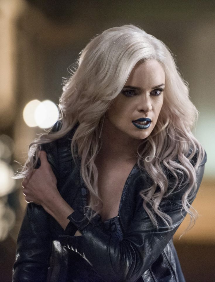 The Flash 2x13 - Killer Frost - Caitlin Snow - Earth 2 (HD)