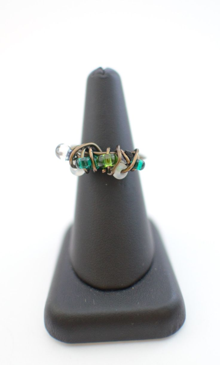 Bronze wire ring with green beads, summer ring, wrapped ring, copper ring, twisted ring, handmade ring, made to order ring, gift for her by MadebyLaure on Etsy