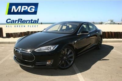 Have Yourself A Tesla S This Christmas Airport Car Rental