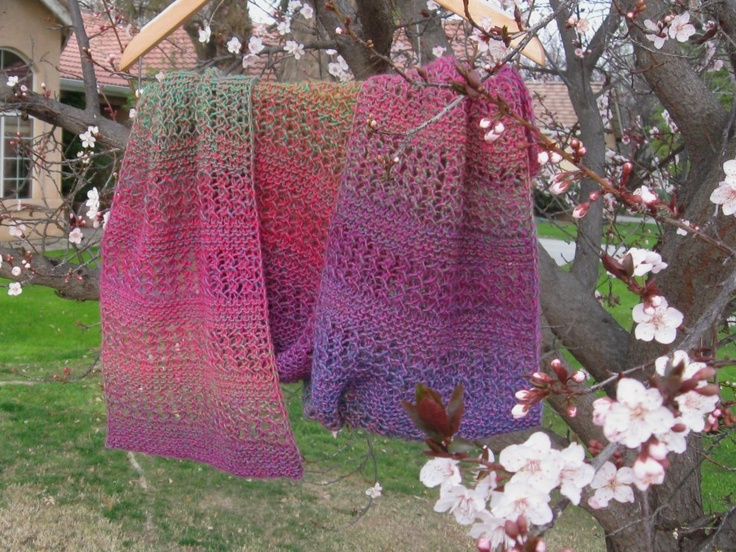 Here's another shawl Lori made -- I love the colors!  Really beautiful work too.