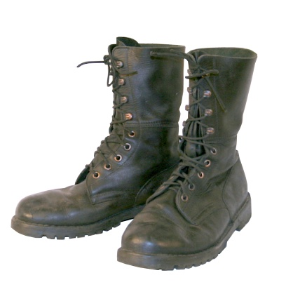 Sweet Austrian army boots -- must have for winter.