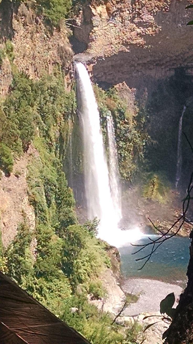 Salto Velo de la Novia, Radal, VII Región del Maule, Chile.